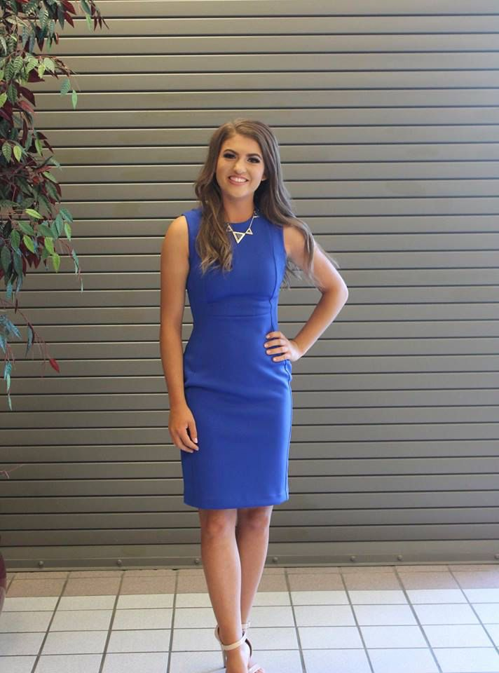 Interview is one of the most important and highly scored parts of the Miss America Organization pageants, so looking amazing and sophisticated is very important. A lot of state titleholders for 2016 have been getting crowned this past week, and we wanted to feature some great outfits from the competitors. Let's take a look at some classy interview dresses from Miss Idaho 2016.