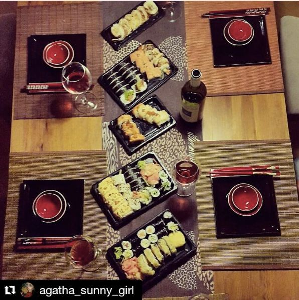 Sushi u nas możecie także zamawiać w dostawie online :) Sprawdźcie sami: http://bit.ly/1gwAMVV!