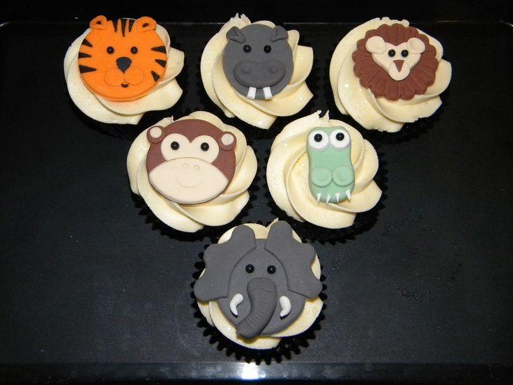Jungle animal theme cupcakes