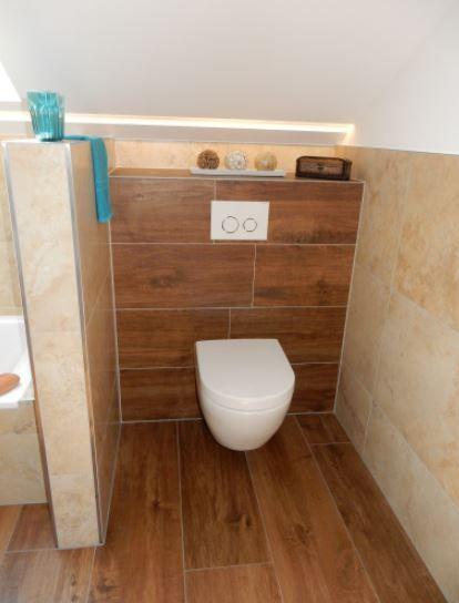 Bad mit Fliesen in Holzoptik Badrenovierung Pinterest
