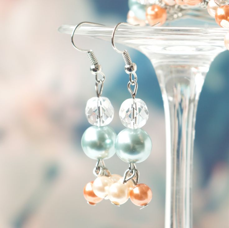 bruidssieraden wedding bridal  jewelry oorbellen earrings Koraal & Turquoise Pearl Love Coral & Aqua Mint €15 $17