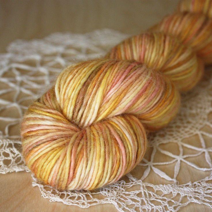 Creme / DK Weight / Merino Alpaca Silk Single Ply Yarn – Phydeaux Designs & Fiber
