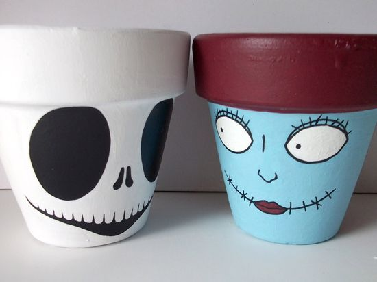 DIY idea  ::  Nightmare Before Christmas Jack and Sally Painted Flower Pots ( Etsy:: www.etsy.com/...
