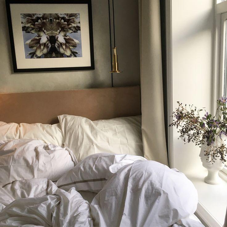 Messy mornings in bed. Helene Hammer