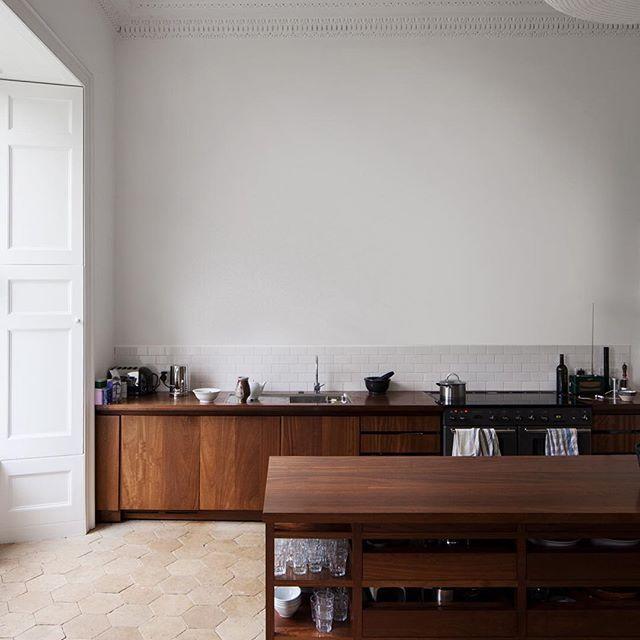 Norfolk kitchen via carmody groalke