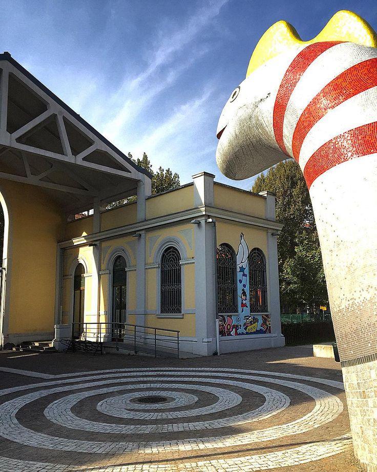 Museo del fumetto dell'illustrazione e dell'immagine animata #wow  @wow_spazio_fumetto ... #museodelfumetto #spaziofumetto #Milan #city #citylife #ig_milan #igersmilan #milanodavedere #picoftheday #instalike #fumetto #illustrazione #immagine #art #instaart #colourful #cartoon #comics #balloons #drawing #sky #skyporn #skylovers #skyscraper by anaehb