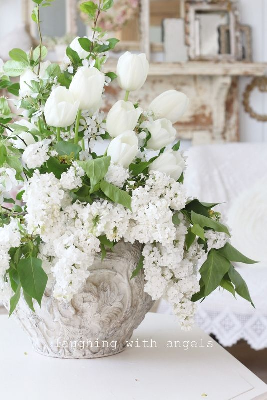 . #flowers  Get wowed with an amazing bouquet: http://www.bloomsybox.com/