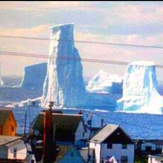 Icebergs in Bonavista, Newfoundland, Canada