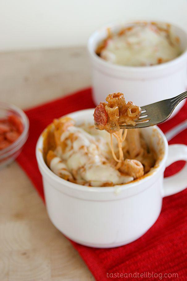 Pepperoni Pizza Mac and Cheese | www.tasteandtellblog.com