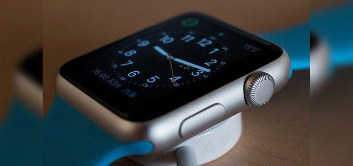 El reloj inteligente (Apple Watch) de la compañía de la manzanita mordida fue el smartwatch más exitoso y vendido en el mundo entero en el pasado 2017...