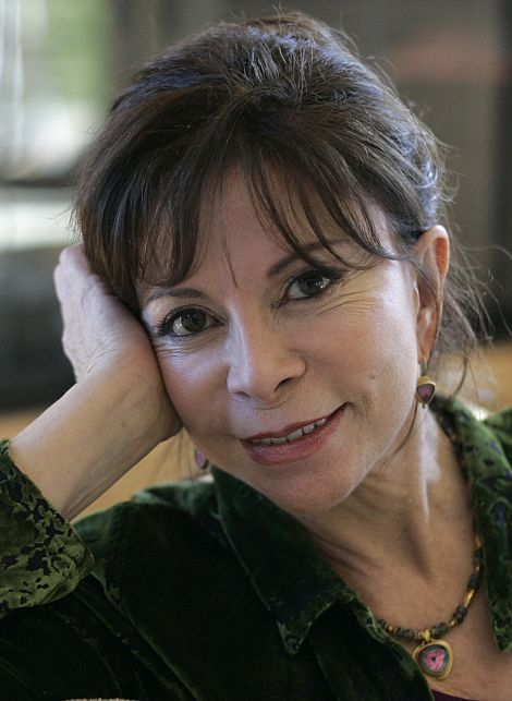 (Chile) Another gorgeous photo of Isabel Allende