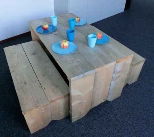 STOERE kindertafel met bankjes: Nergens goedkoper!!