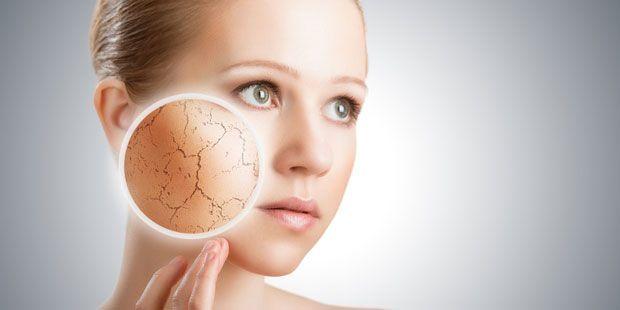 Trockene Haut ist häufig und tritt mit zunehmendem Alter verstärkt auf. Die Haut fühlt sich rau und spröde an. Hier lesen, was Sie dagegen tun können!