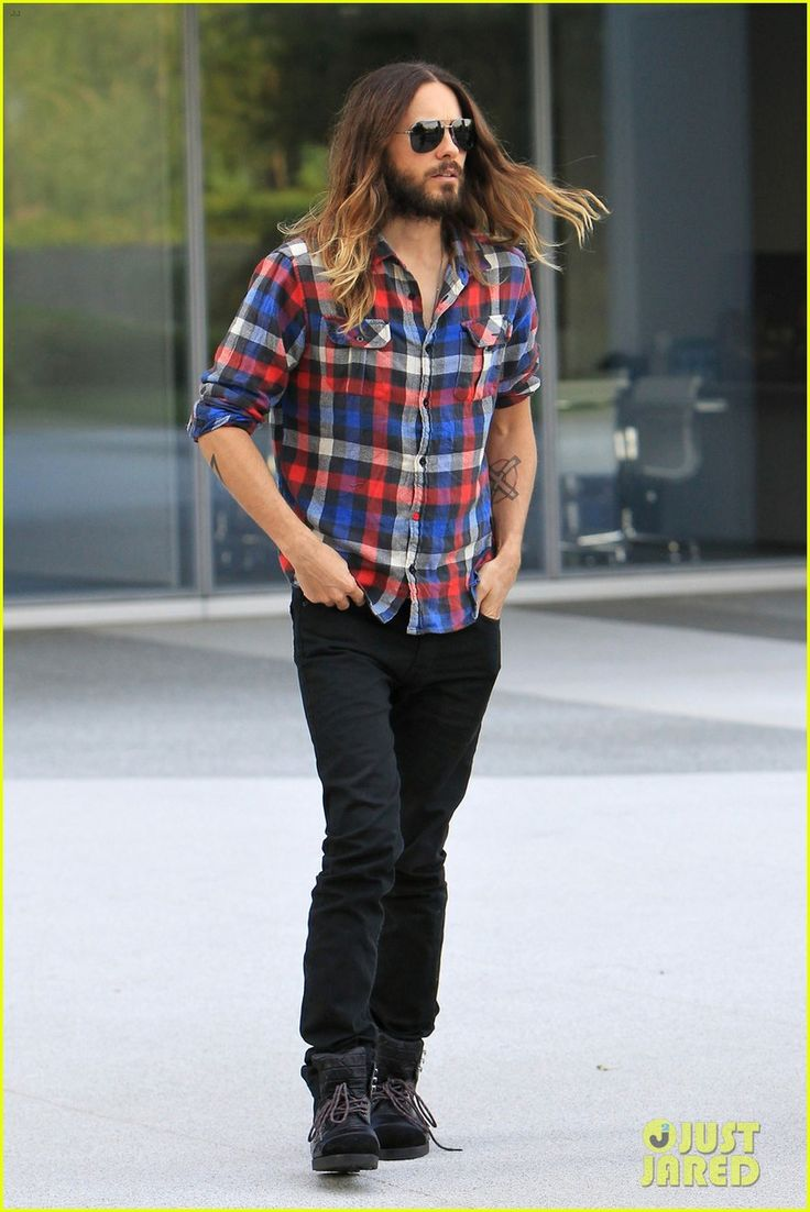 jared leto music doc artifact tv premiere 03 Jared Leto is super patriotic in his red, white, and blue plaid shirt while heading into an office building on Thursday afternoon (April 17) in Los Angeles.    It…