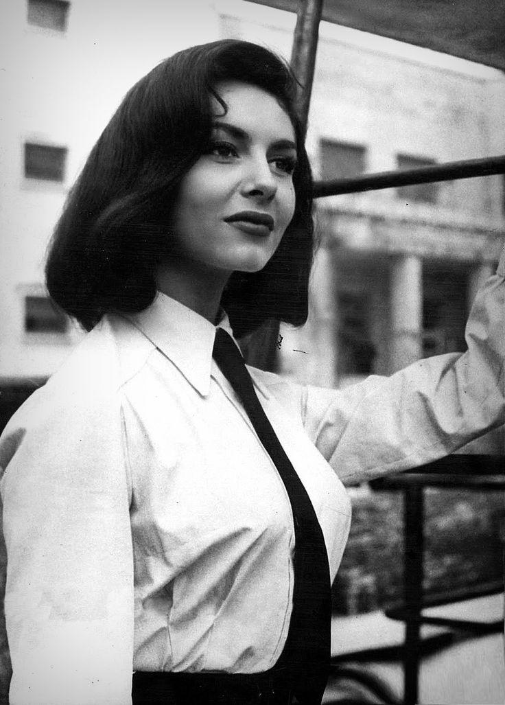 Фотографии •Michèle Mercier | Мишель Мерсье• – 96 альбомов | ВКонтакте