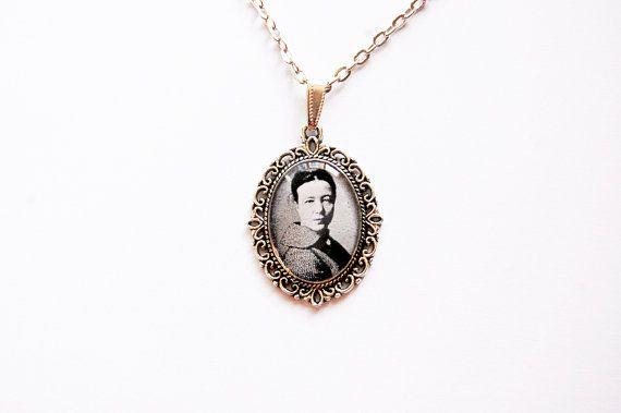 Simone de Beauvoir  Handmade Vintage Cameo by Blingstopaythebills, €13.00