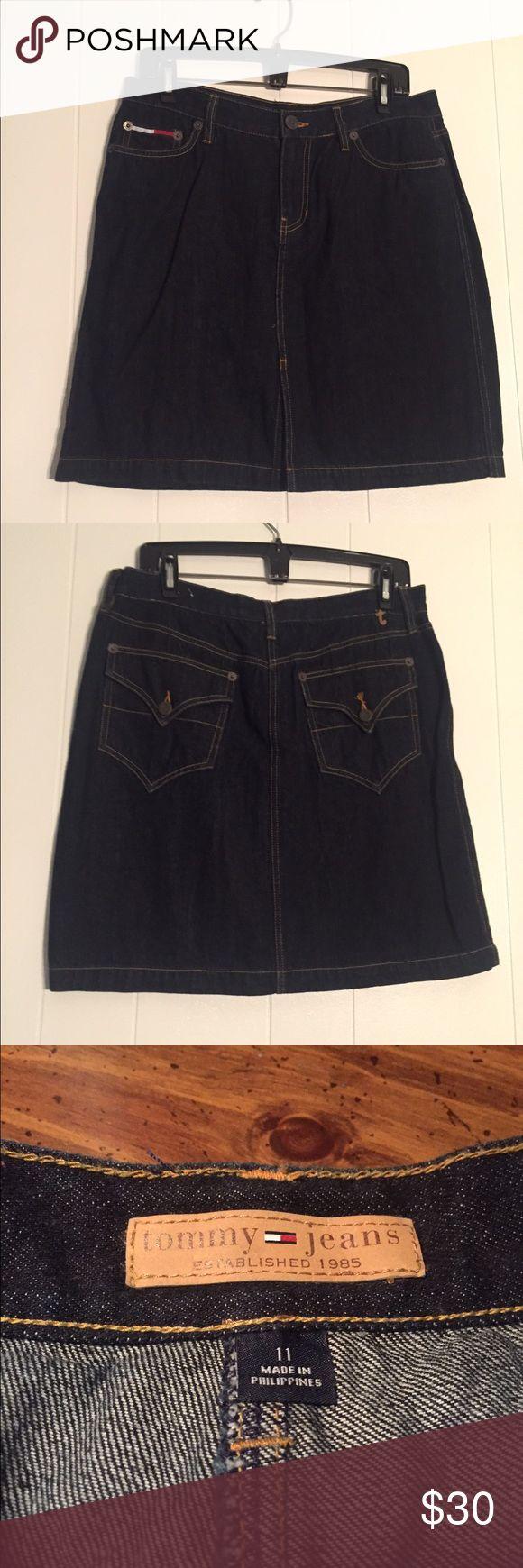 ❤️💙Tommy Hilfiger Dark Wash Jean Mini Skirt Women's Tommy Hilfiger Jean Skirt, with button pockets! Size 11 Tommy Hilfiger Skirts Mini