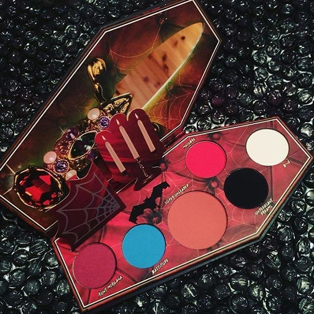 Lunatick Cosmetic Labs en México Indie makeup, Gothic