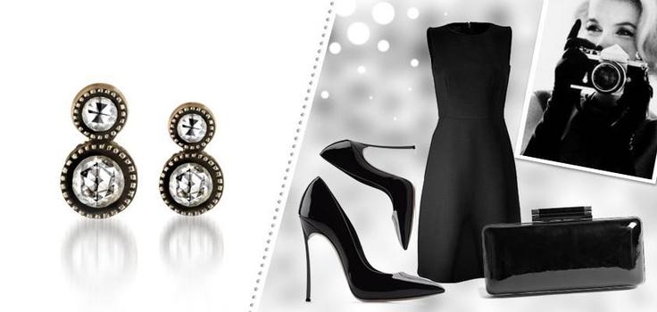Sade bir siyah elbise ve gösterişli küpeler… Davetlerdeki şıklığınız için risksiz bir seçim…