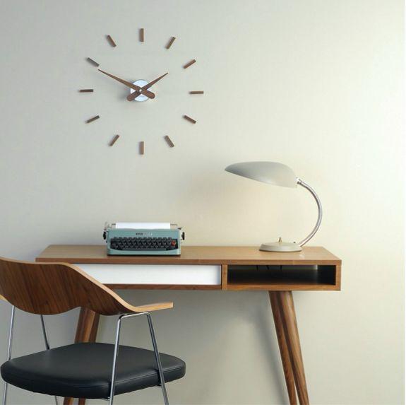 Nomon Clock
