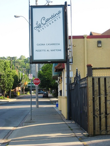 La Cantina - best Italian restaurant in Hamilton, Ontario