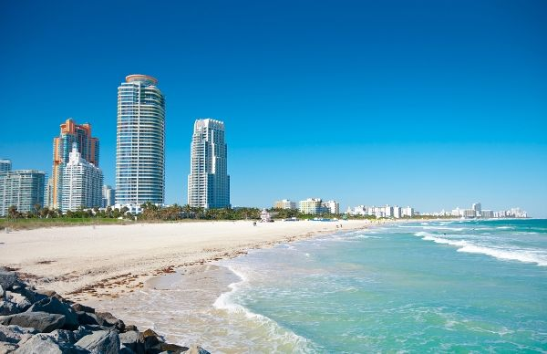 Looking for the best beach spots in #southflorida to spend time this #summer? Check this out! #summerliving