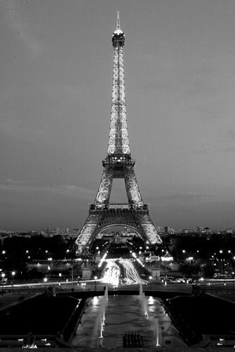 Paris, France....one day I will be here.: One Day, Drills Platform, Buckets Lists, Black White Photography, Dream, Eiffel Towers Black And White, Paris France,  Offshor Rigs, Place