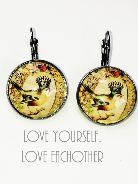 Bekijk dit items in mijn Etsy shop https://www.etsy.com/nl/listing/551743479/black-cabochon-earrings-mwl-04