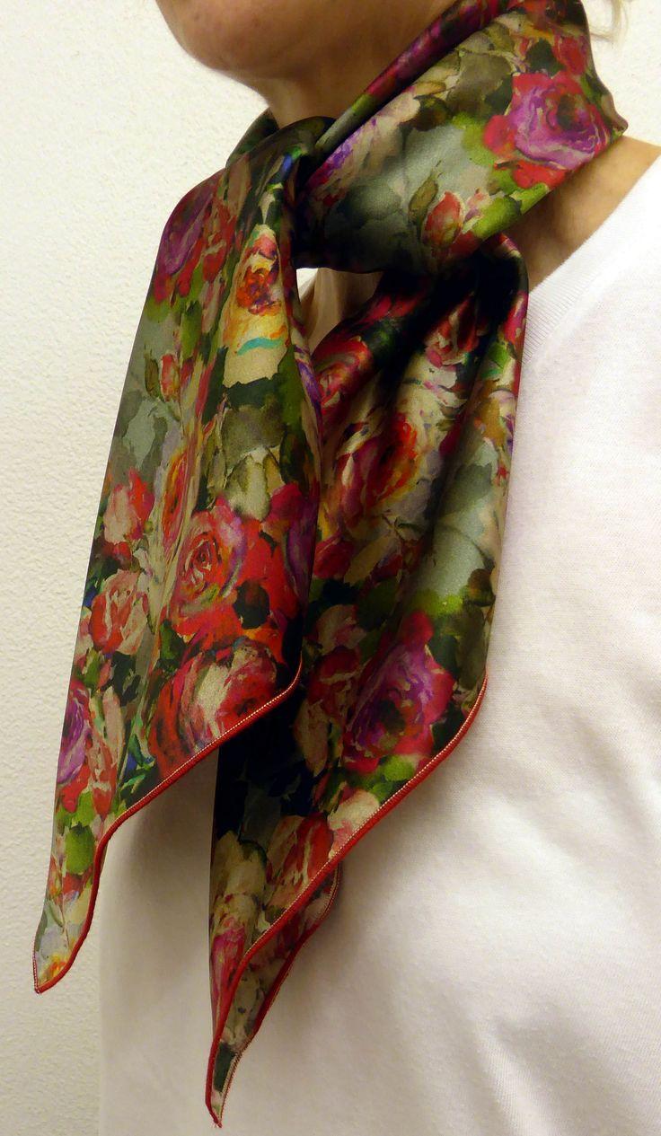 Foulard carré de soie CB FOULARDS, foulard carré de soie à fleurs façon  tableau Idée 226bf864e49