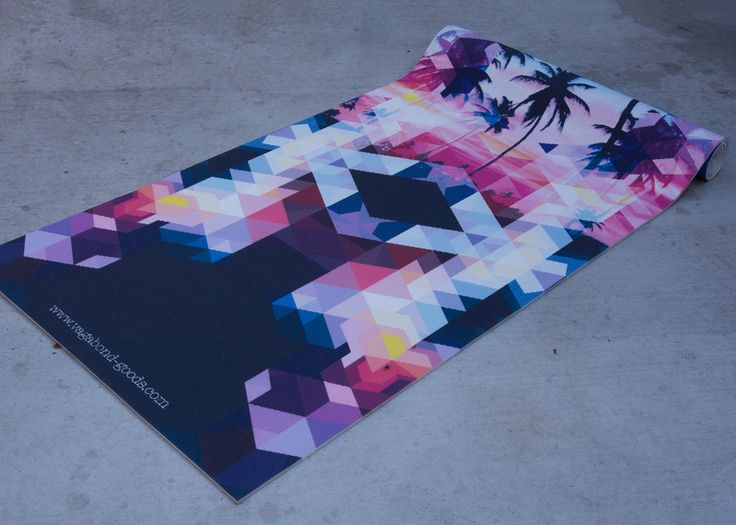 The Venice Palm mat is inspired by our hometowns multi color sunsets and perfect palm trees. Hip and beautiful and designed to make you the talk of your local yoga class! WE PLANT A TREE FOR EACH MAT