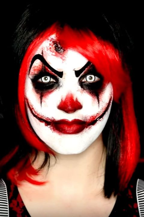 Killer Clown: Considering regular clowns are enough to scare a lot of people, this extra-scary clown makeup might actually make a few people run away, faint or scream. Click through for more Halloween makeup ideas for the best costume yet!