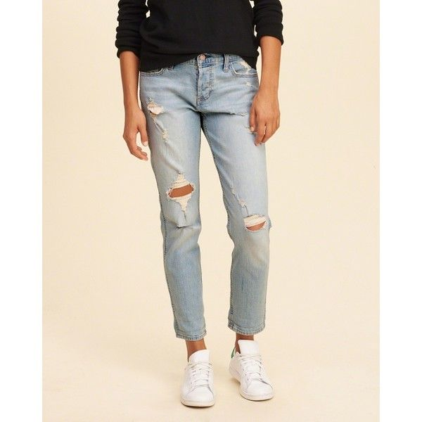 Hollister Low-Rise Boyfriend Jeans (33 NZD) ❤ liked on Polyvore featuring jeans, boyfriend jeans, low rise boyfriend jeans, embroidered jeans, loose boyfriend jeans and boyfriend fit jeans