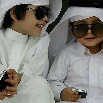 Gulf country cuties <3 Allah y5leehoom le 2ahaleeem w y9l7hoom