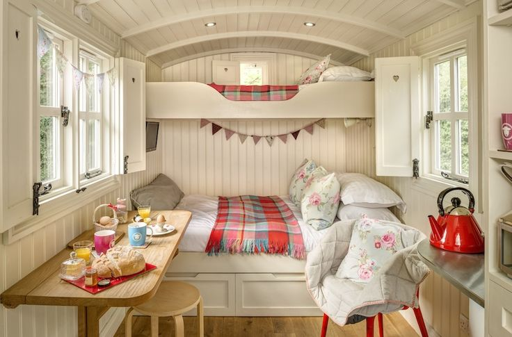 Snug Huts (Shepherd Huts) | Wolds Edge