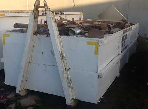 8 cubic metre skip bin from Phoenix skip bin hire Geelong http://www.phoenixbins.com