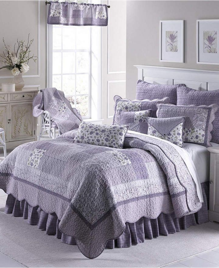 American Heritage Textiles Lavender Rose Cotton Quilt