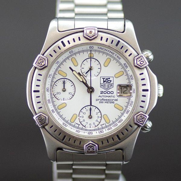 【中古】TAG HEUER(タグホイヤー) 2000 プロフェッショナル 169.806 クロノグラフ オートマチック SS メンズ シルバー ホワイト文字盤時計/ホワイト文字盤が爽やかな印象の2000シリーズモデルです。/新品同様・極美品・美品の中古ブランド時計を格安で提供いたします。