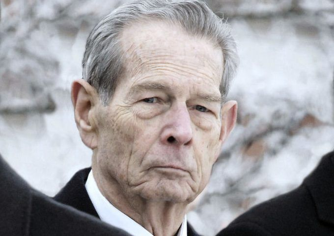 royalcentral: King Michael of Romania has died at the age of 96, December 5, 2017 (b. October 25, 1921-d. December 5, 2017); he was married for 68 years to his wife Queen Anne, born a Princess of Bourbon Parma, who died in 2016, and with her had 5 daughters-Margareta, Elena, Irina, Sophie and Marie. Crown Princess Margareta is now the head of the family.
