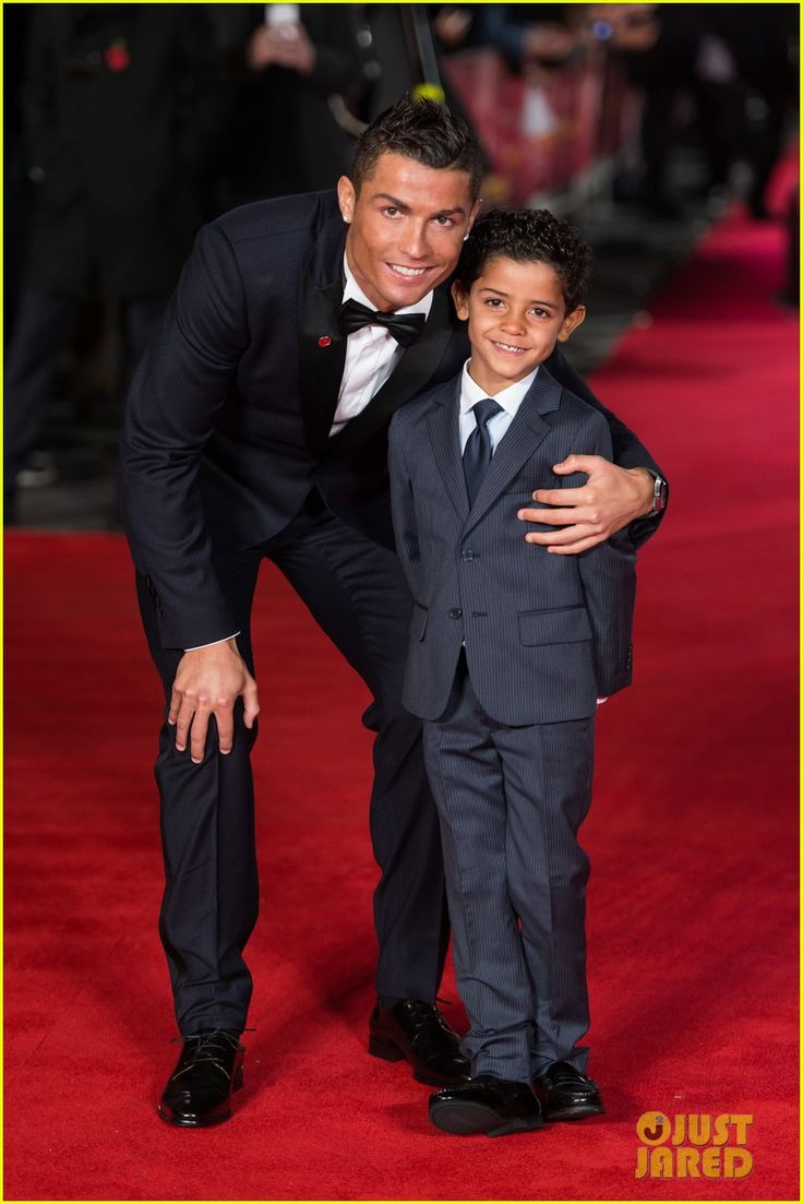 Keylor navas pays tribute to cristiano ronaldo sports mole - Cristiano Ronaldo Won T Tell His Son Who His Mom Is Yet