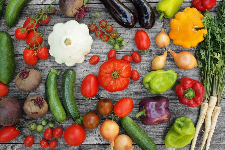 Prkýnko je web pro všechny domácí kuchaře, kteří by rádi vařili častěji a lépe. Naučíte se tu vařit intuitivně, bez receptů a z obyčejných základních surovin.