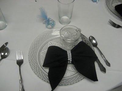 95 best pliage de serviettes images on pinterest napkin. Black Bedroom Furniture Sets. Home Design Ideas