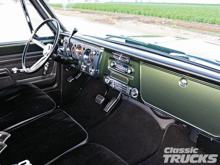 1967 chevy c-10 interior - Google Search                                                                                                                                                                                 Más