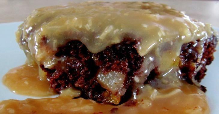 Vous ne connaissez pas le gâteau MONSIEUR au chocolat et à la salade de fruits? Vite, jetez un oeil là-dessus!