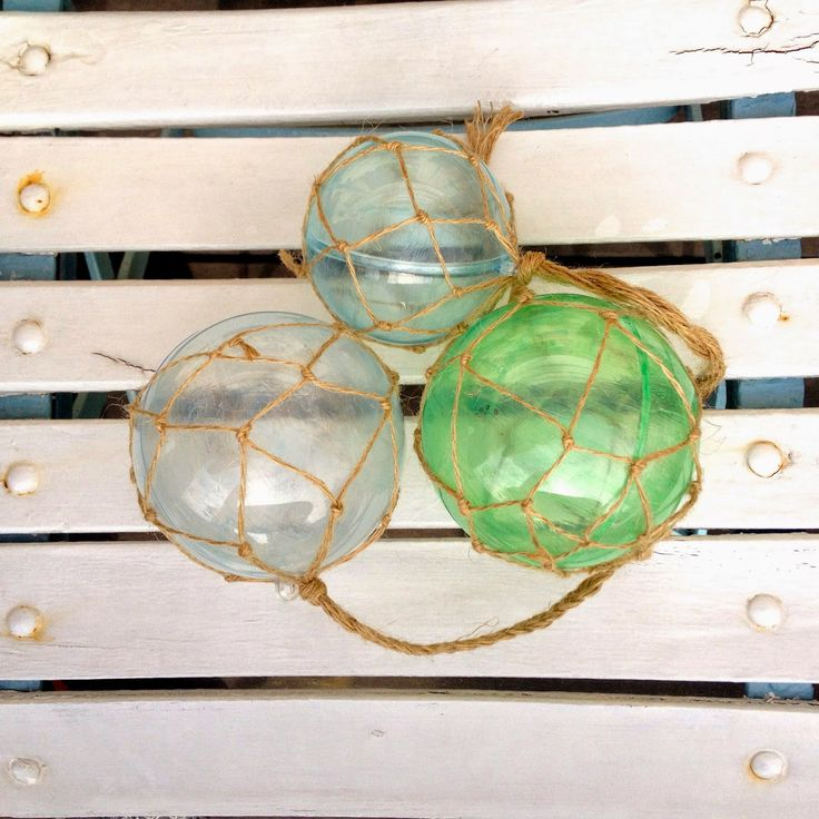 Rebekka's craft room: Non-glass buoys / Flotteur de pêche pas en verre