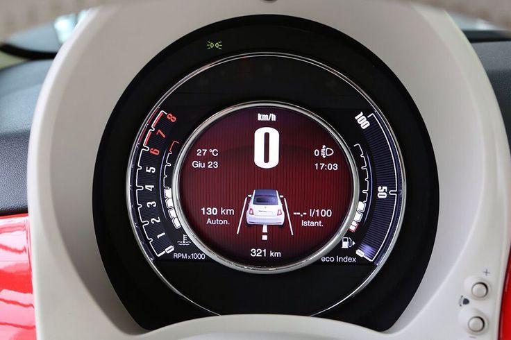 Oryginalny i wyrafinowany styl Fiata 500 widać w każdym detalu.