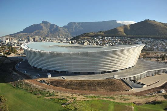 gmp architekten together with local point architects and louis karol architects: greenpoint stadium - south africa world cup 2010
