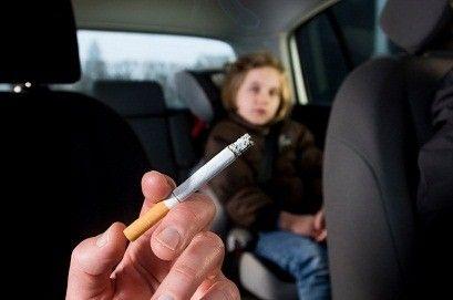 Majority of Smoking Parents Expose Kids to Tobacco Smoke in Car