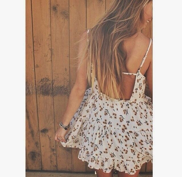 How to Chic: CUTE FLORAL DRESS