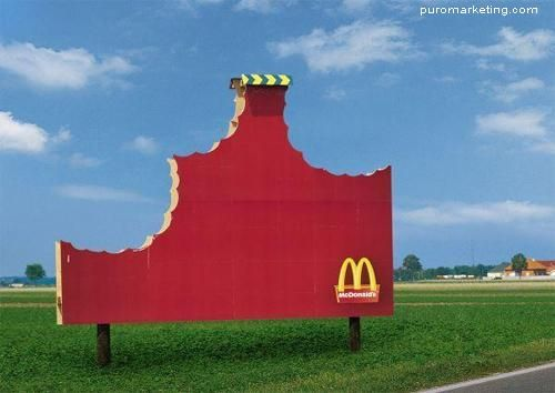 outdoor criativo MC Donalds. #BomDia  http://www.arcreactions.com/transparent-plastic-business-cards-2/