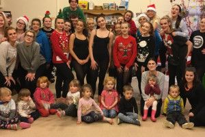 Brooksby Melton College students entertain the children of Oasis Family Centre #college